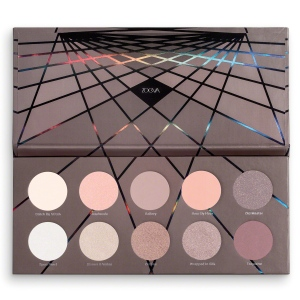en-taupe-eyeshadow-palette-l-02